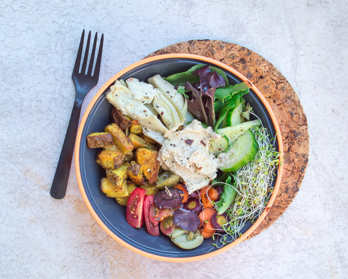 veggie bowl with hummus
