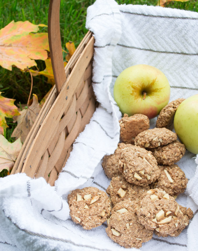 basket of apple chai oatmeal cookies