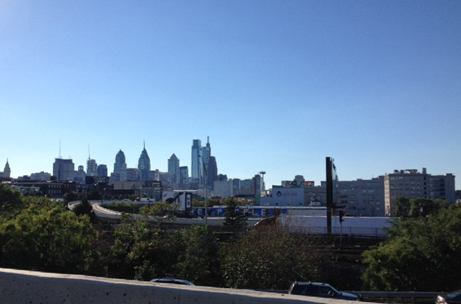 philly skyline from the highway