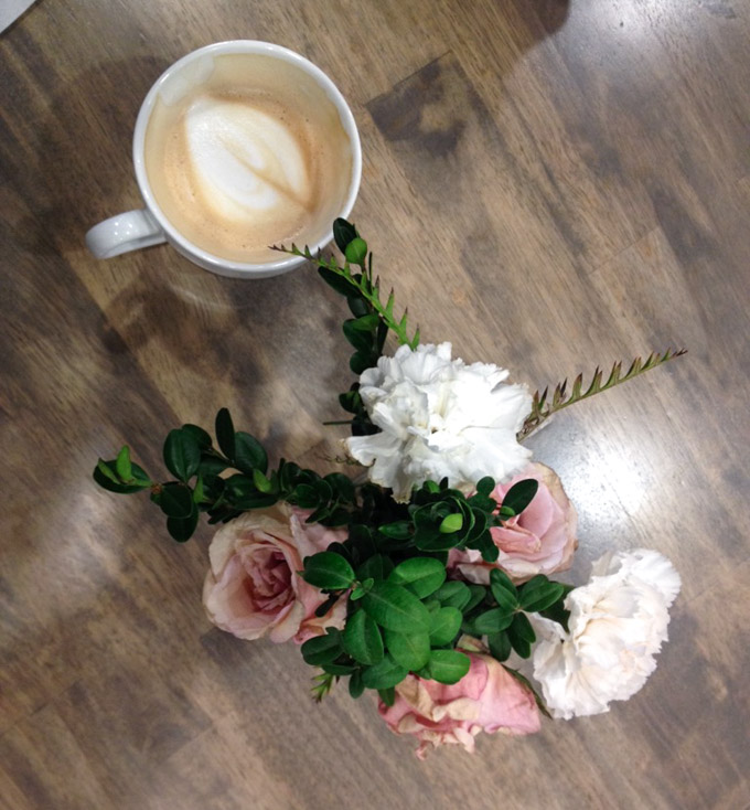 coffee with flower vase