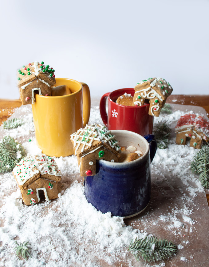 mini gingerbread houses with snow