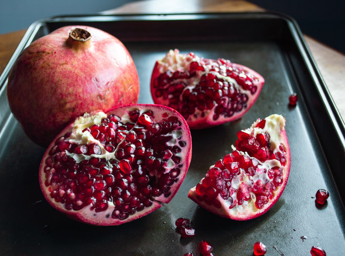 slicing pomegranate