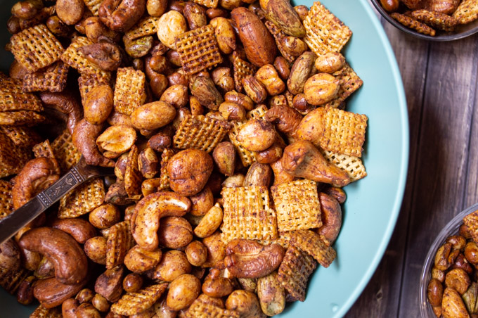 chili snack mix with nuts and chex