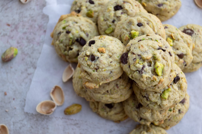 close top view of pistachio cookies with chocolate