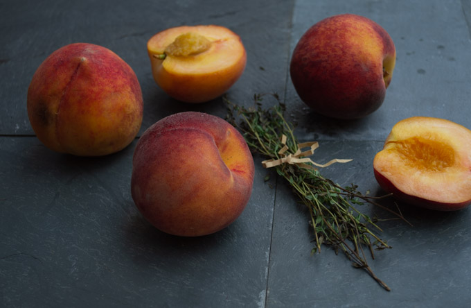 sliced peaches and thyme