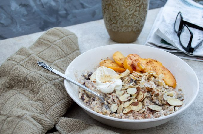 muesli with peaches and almonds